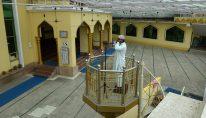 Muezzin_Muslim call to pray_adhan (1)